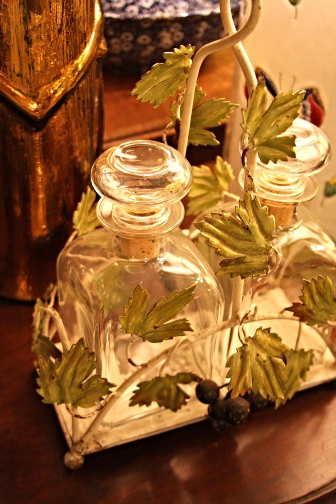 Hiden Galleries: 1940s Florentia bottle caddy