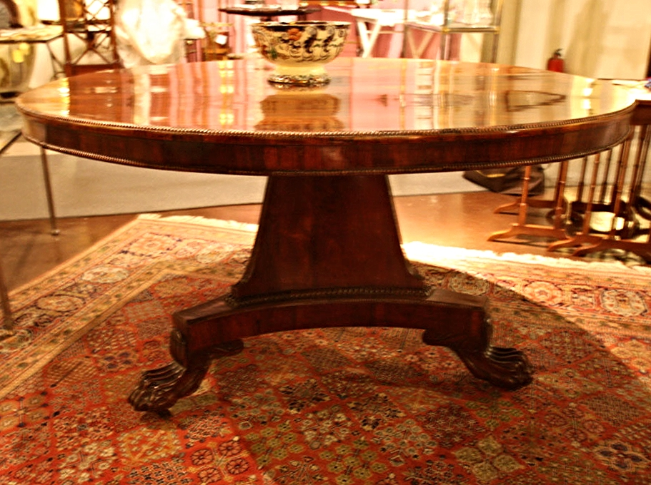 Hiden Galleries: c1820 English rosewood dining table