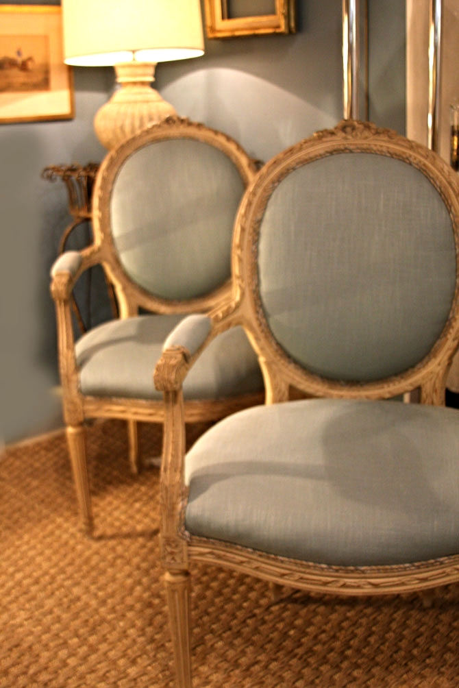 Hiden Galleries: pair of 40s or 50s French chairs