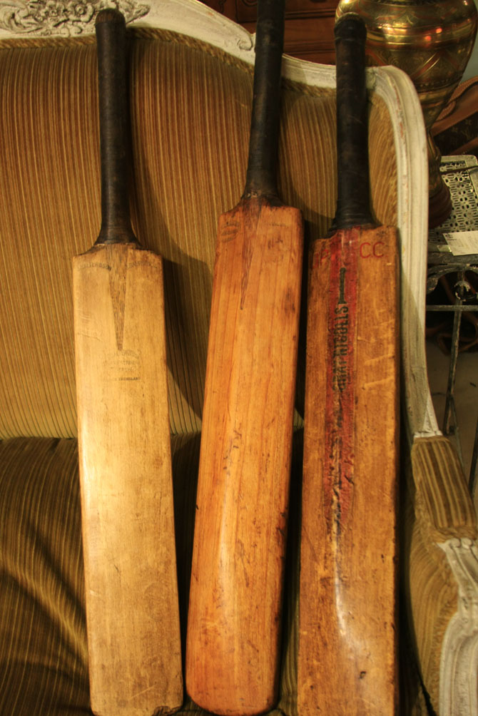 Hiden Galleries: Salter & Son and UPCC Gray & Nicholls vintage cricket bats