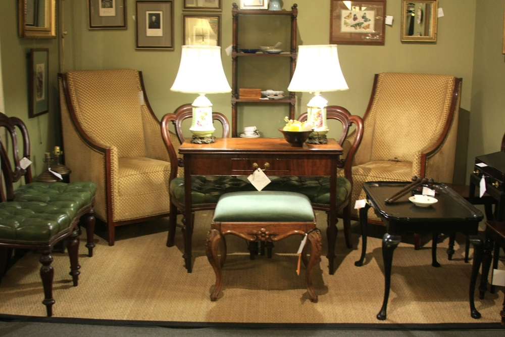 Hiden Galleries: 250 dealers - 40,000 square feet