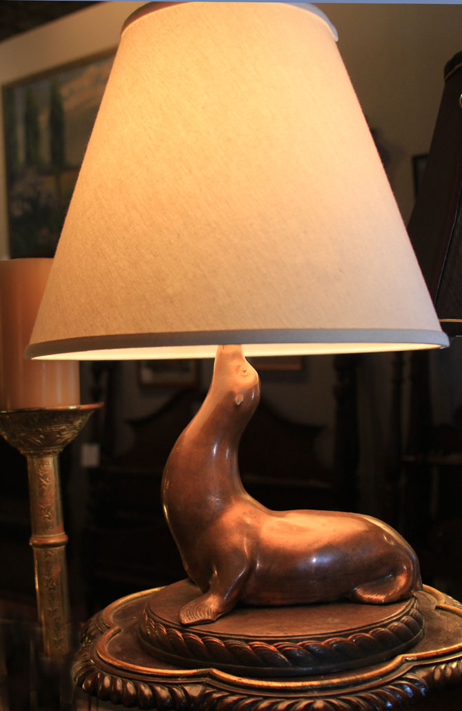 Hiden Galleries: vintage Roy Croft seal lamp
