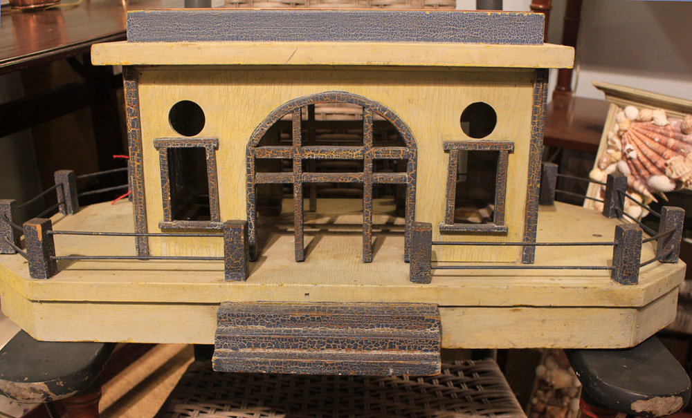 "Hiden Galleries: antique ""train station"" planter"