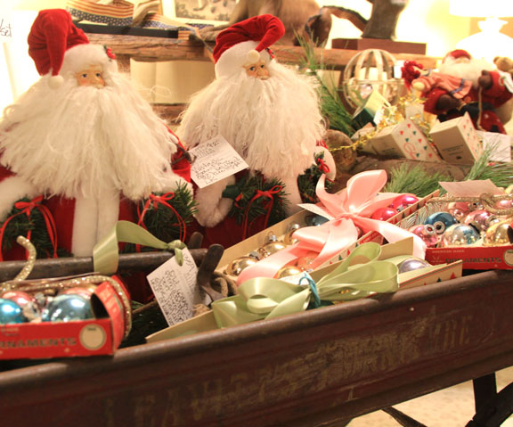 Hiden Galleries: Santas in a vintage red wagon from the long-defunct Leavitt Furniture store in Bridgeport.