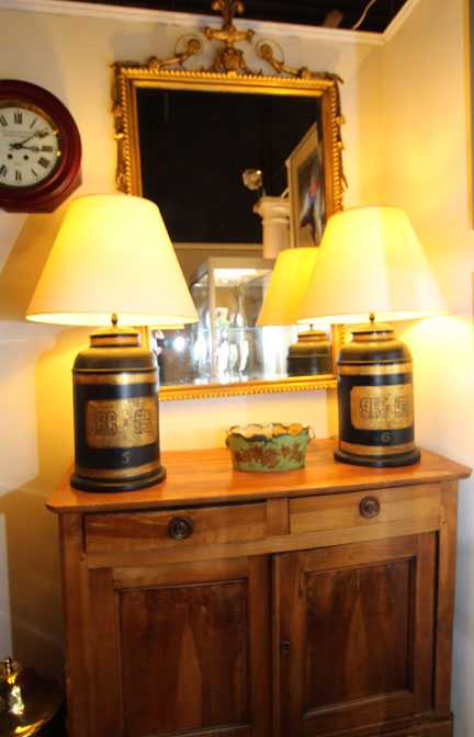 Hiden Galleries: pair of tole tea caddy lamps, c 1910