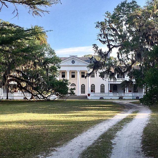 Plum Orchard, the remains of a Carnegie home on Cumberland Island. repost @wallysears1  #antiques #interiors #cumberlandisland #plumorchard #hidengalleries #weclosemay31 #vintage #furnishings