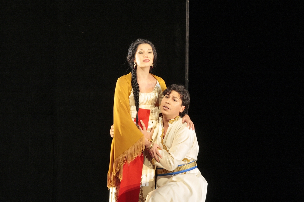Zaide in Mozart's  Zaide  (with Jesus Leon) at the Santa Fe Opera, 2007.