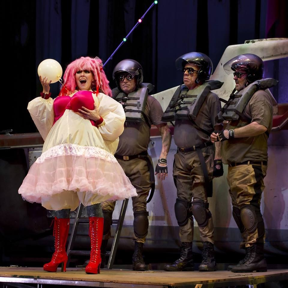 Thérèse in Poulenc's  Les Mamelles de Tirésias  with Opera Parallèle, 2014.© Steve DiBartolomeo, Westside Studio Image.