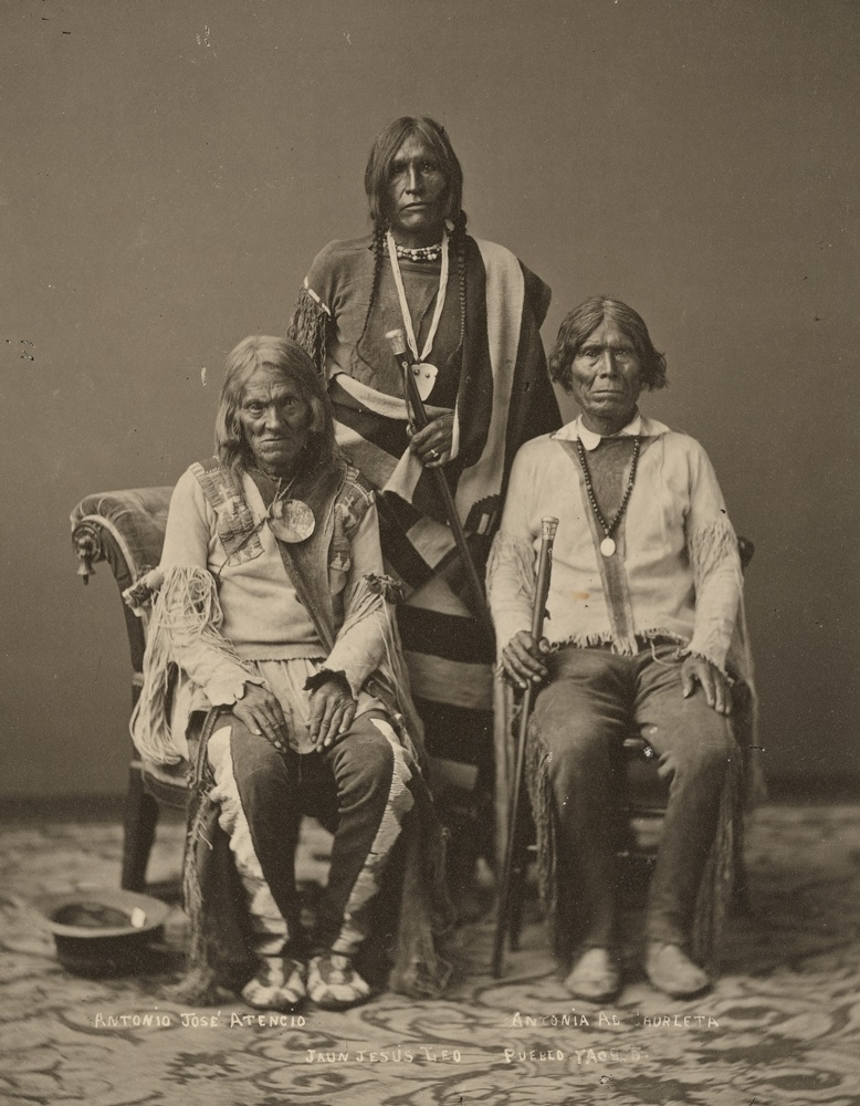 1877 Taos Pueblo tribe leaders.jpg