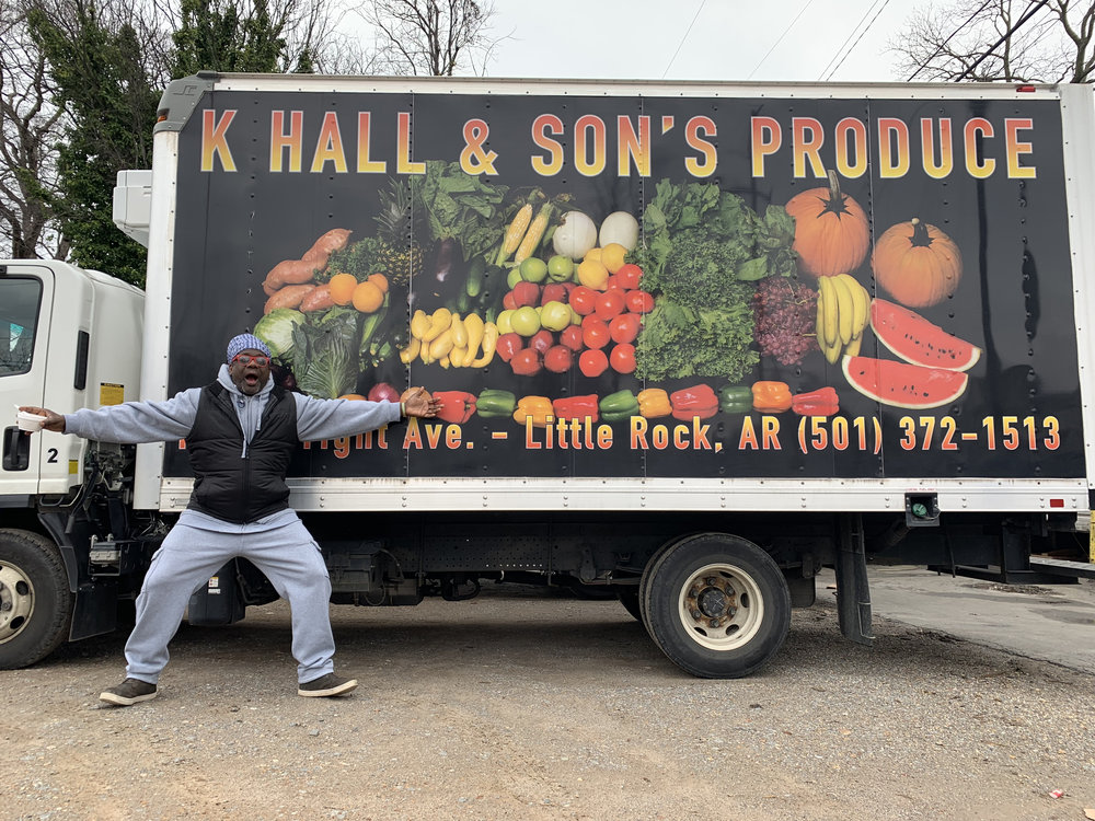 K Hall & Son's Produce, photo by @natileemcgruder