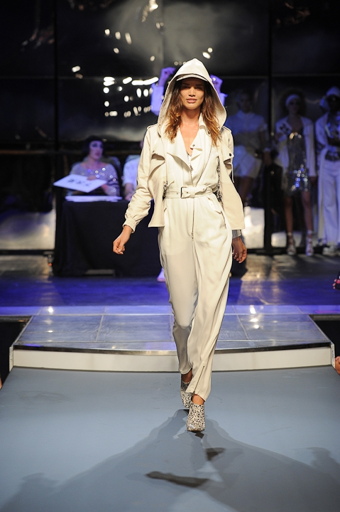 Jean-Paul-Gaultier-Spring-2014-Collection-15.jpg