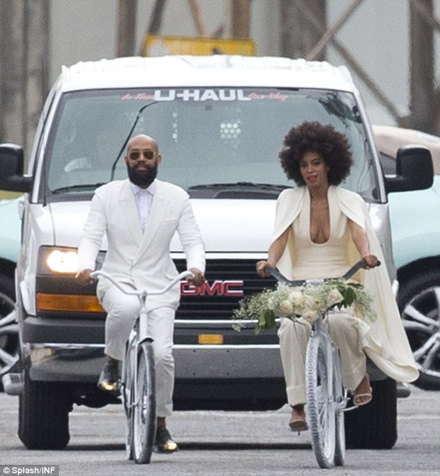 1416172279498_Image_galleryImage_Solange_Knowles_and_Alan_.JPG