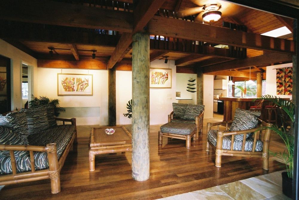 Main Living Room 2.jpg