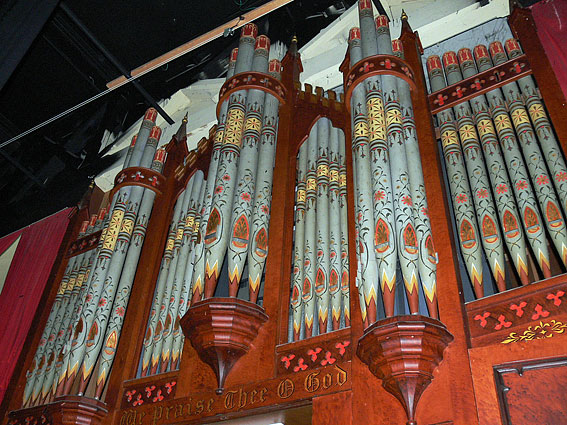 The pipe organ at the Bluestone Theatre