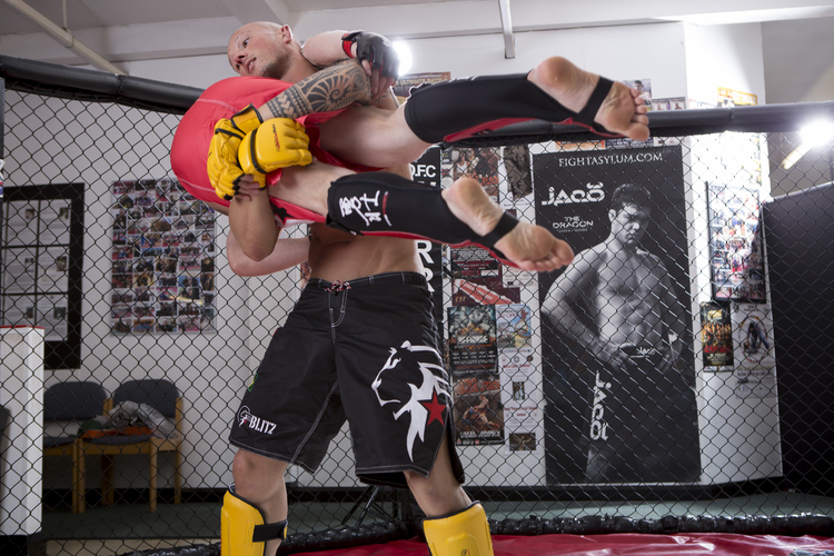 MMA Classes - Get Fight-Fit!Train like a UFC FighterVariety of skills and arts (Thai boxing, BJJ, Boxing, Wrestling)What to Wear:Athletic wear, rashguard prefered, no shoes, mma gloves, mouth piece and shin pads
