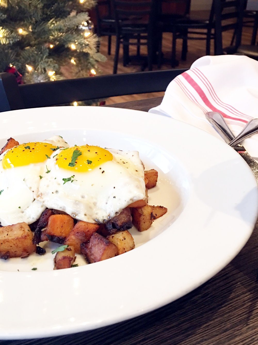 Pork Belly Hash Brunch.JPG