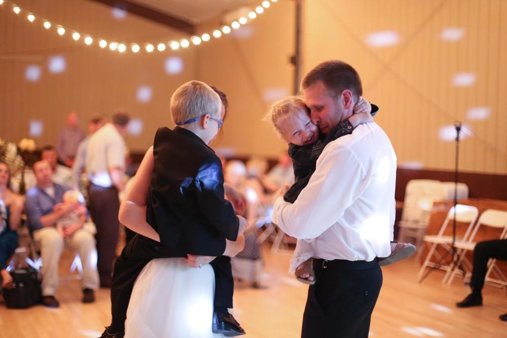 Brighton Acres Oshkosh Wisconsin Wedding Photographer