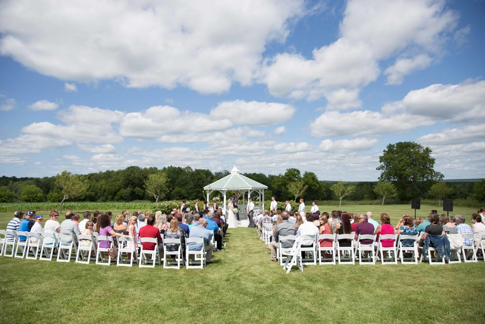 Willow Springs Garden - Wausau Outdoor Wedding Venue - Whit Meza Photography