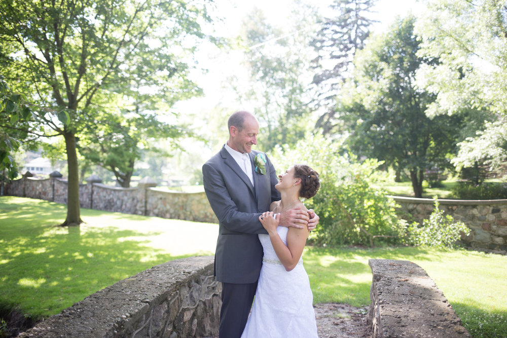 Watertown Country Club Wedding in Watertown, Wisconsin - Whit Meza Photography