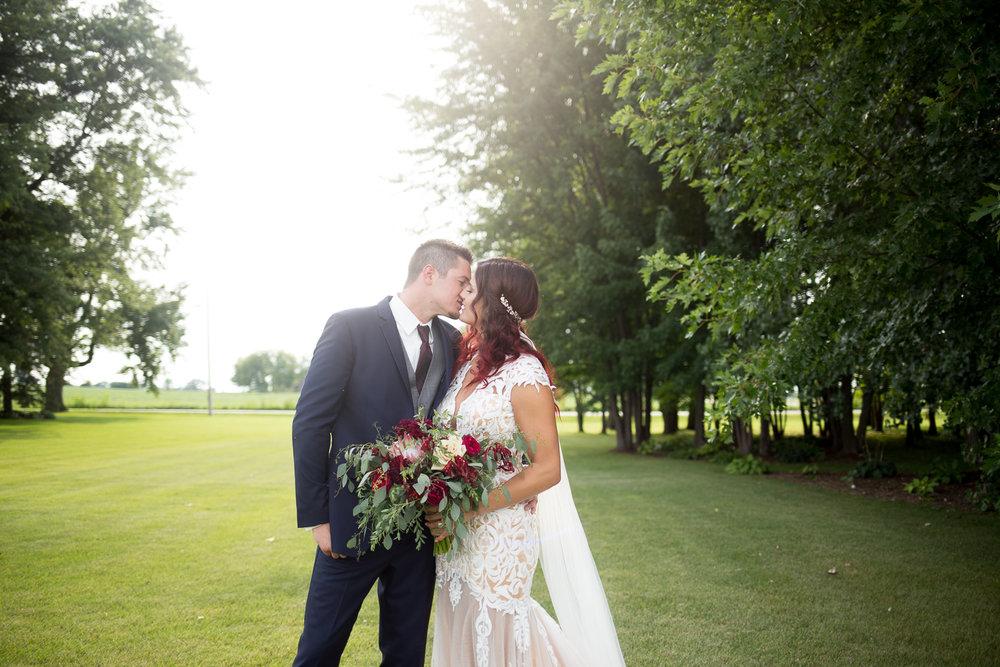 Brighton Acres Oshkosh Wisconsin Wedding_Whit Meza Photography 59.jpg