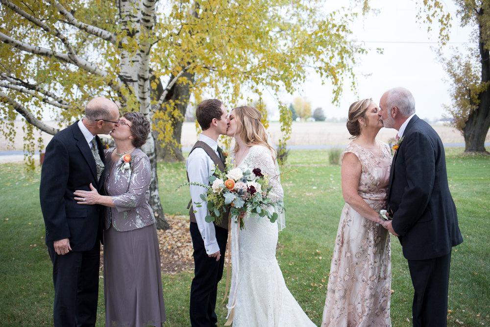 Wisconsin Barn Wedding_Brighton Acres_Oshkosh Barn Wedding_Whit Meza Photography 50.jpg