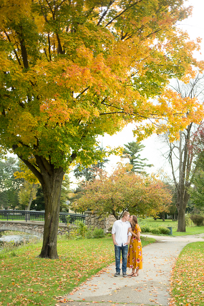 Stoughton Wisconsin Engagement Photographer_Whit Meza Photography 18.jpg