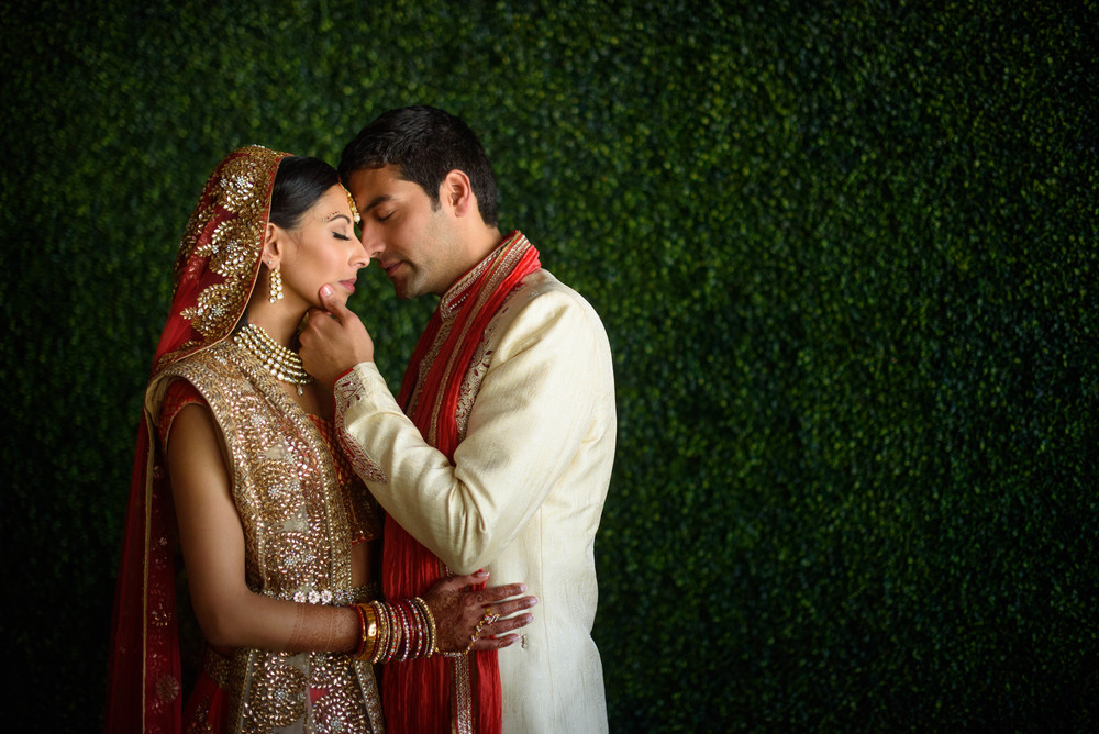indian-bride-groom-mexico-wedding-now-amber