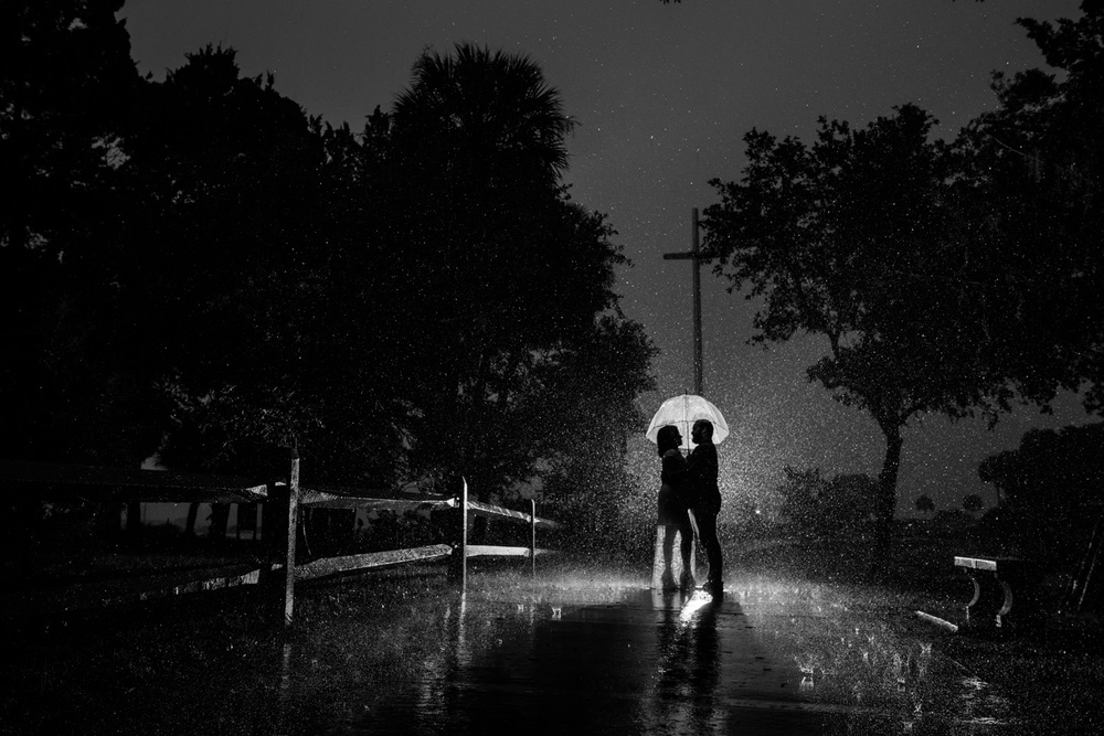 rain-storm-during-engagement-session