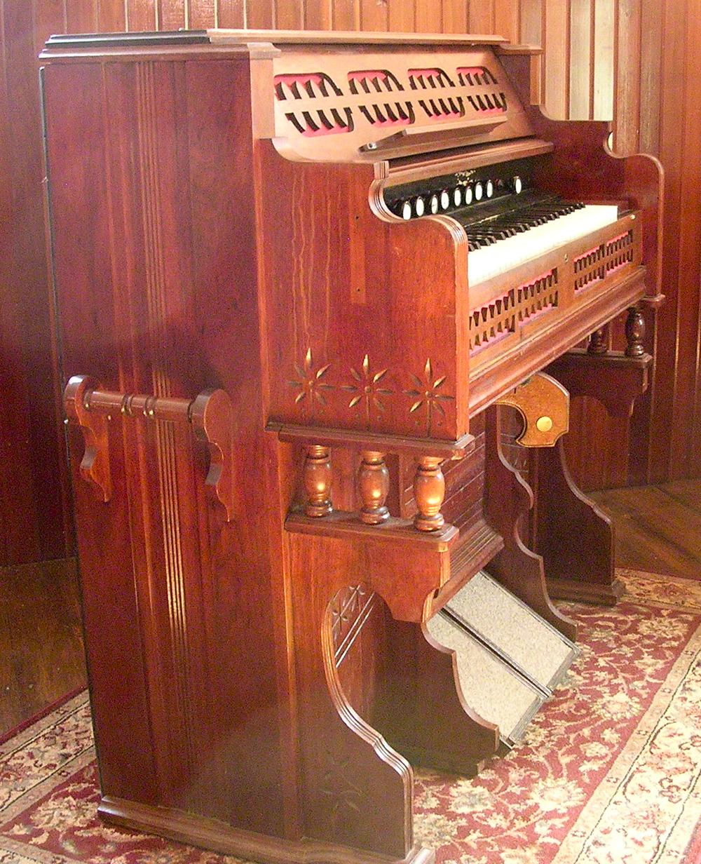 Estey Organ Company, Brattleboro, Vermont  1886 -- Opus 175788   ROS # 4512