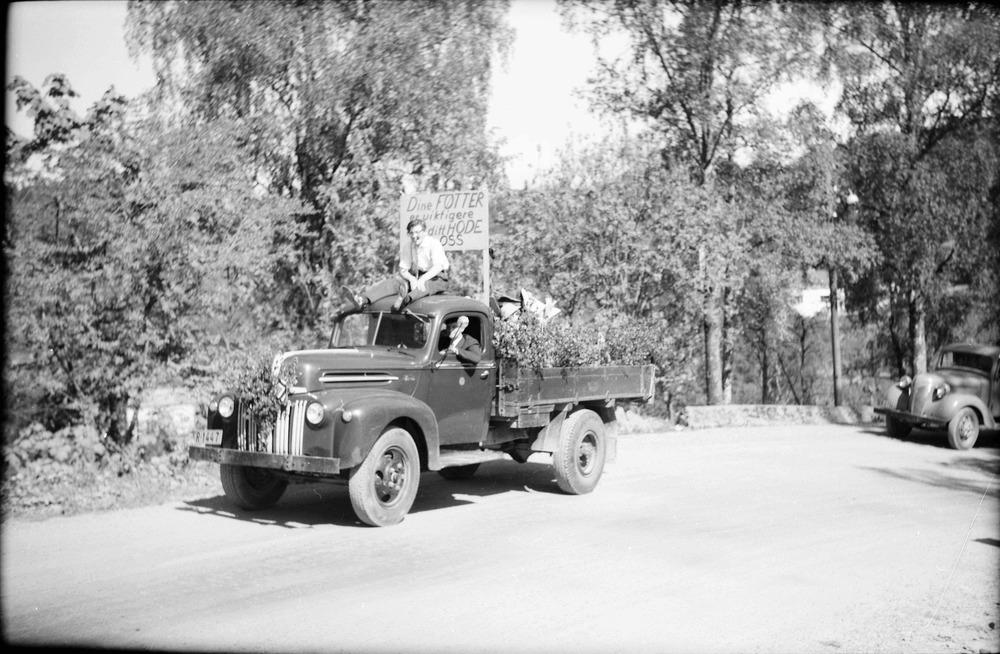 Askøy kommune sin Ford lastebil kjørt av Olav Nybø