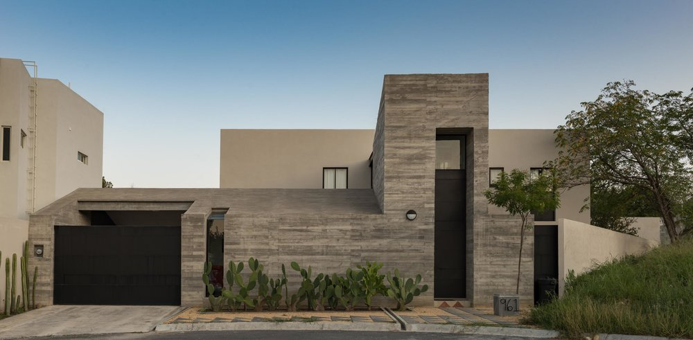 Casa Pia  /   Oax Arquitectos