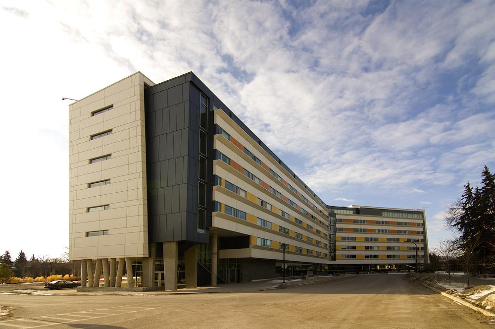 Global Village + Hotel Alma