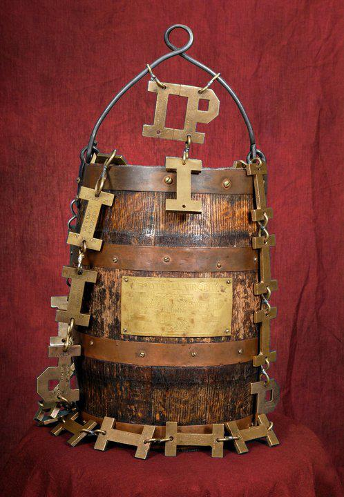 The Old Oaken Bucket in all her Glory