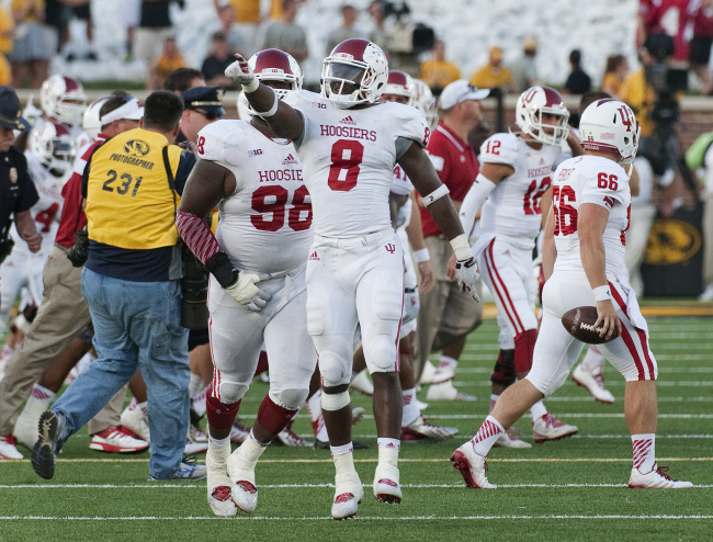 Freshman linebacker Tegrey Scales had a big afternoon for the Hoosiers against Missouri on Saturday. Image Source: wlfi.com