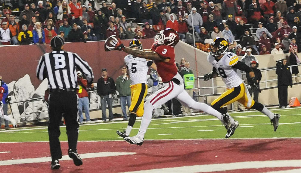 The last time the Hoosiers and Hawkeyes battled Indiana won 24-21. Cody Latimer had three touchdown catches.