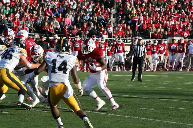 Jordan Howard's efforts were not enough to get IU over the hump against no. 10 Iowa. Image: Cam Koenig, HoosierHuddle.com