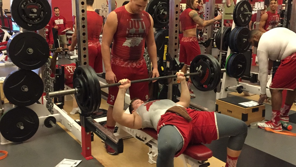 Jacob Robinson and Brandon Knight work on building muscle for their sophomore seasons. Image: Sammy Jacobs Hoosierhuddle.com