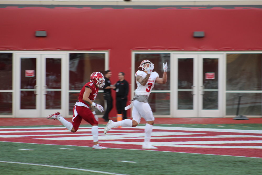 Ty Fryfogle (3) hauls in a long touchdown pass in front of Reece Taylor (2)  Image: Sammy Jacobs Hoosier Huddle