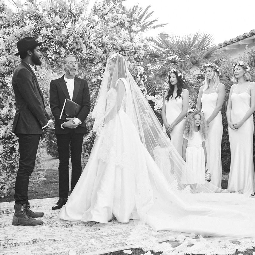 Brides Feat Samantha Sleeper Bridesmaids Can Wear White We
