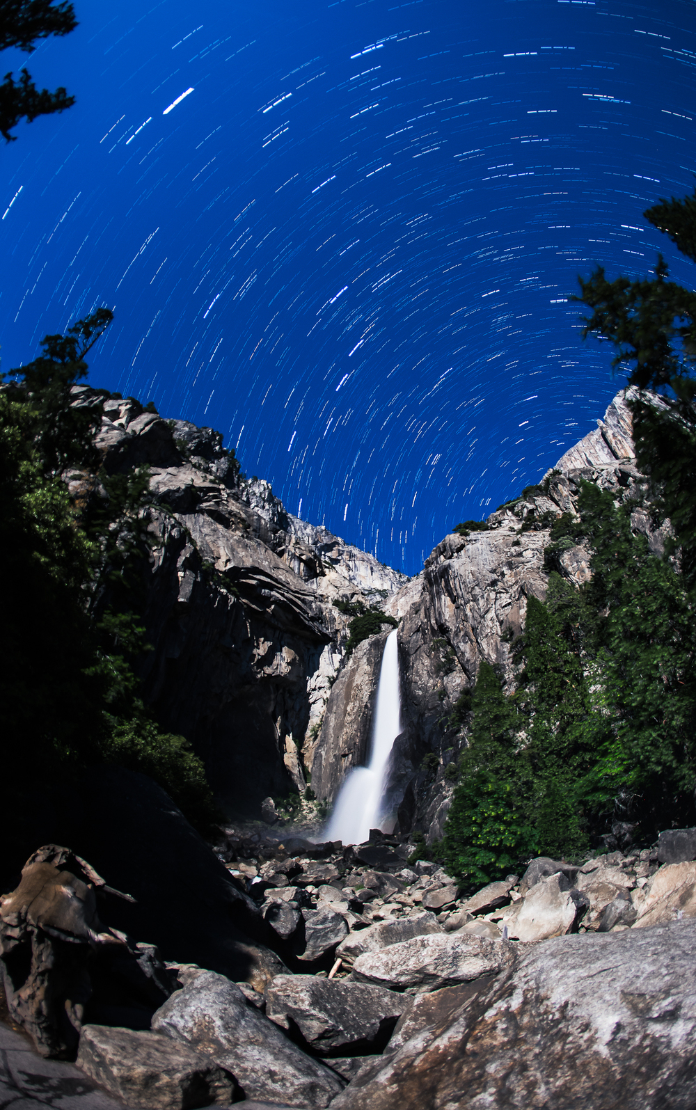 StarStaX_yosemite-9130-yosemite-9160_lighten-Edit.jpg