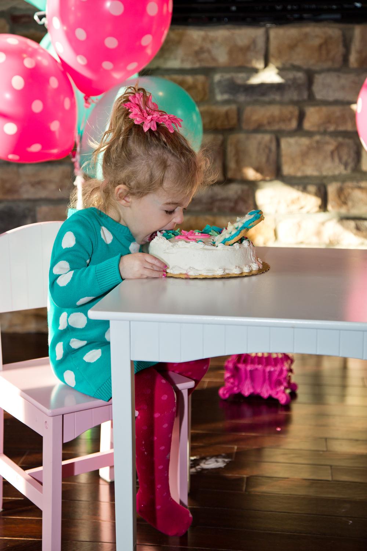 eatinghersmashcake