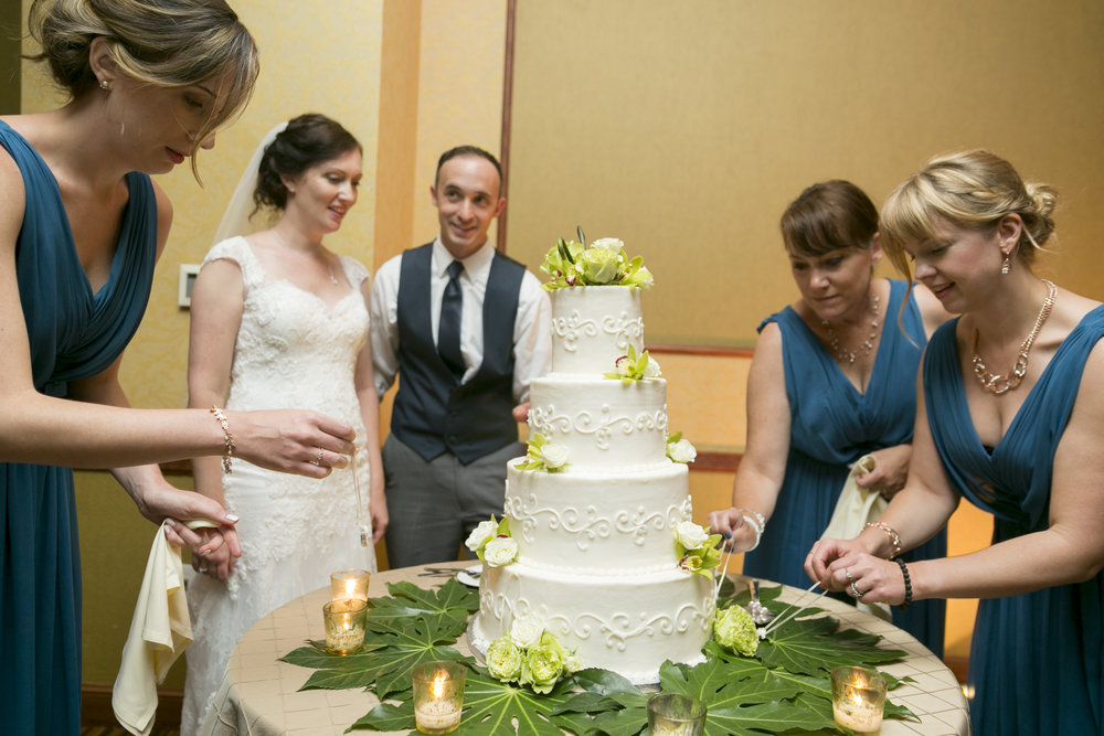 Kathleen and Chris' bridesmaids take part in the cake pull!