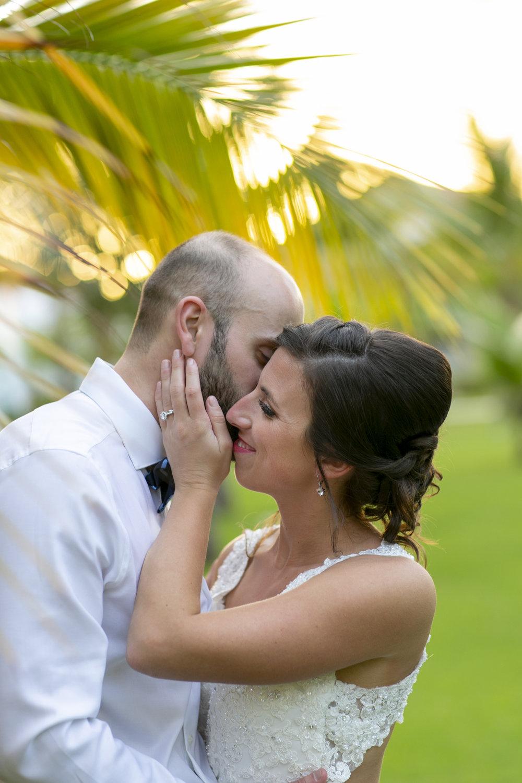 hawaiian-destination-wedding-maui-elopement-photographer.jpg
