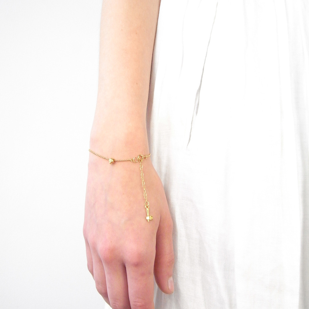 Momocreatura: Baby Skull Bracelet Gold   Jewelry > Bracelets -  Hiphunters Shop