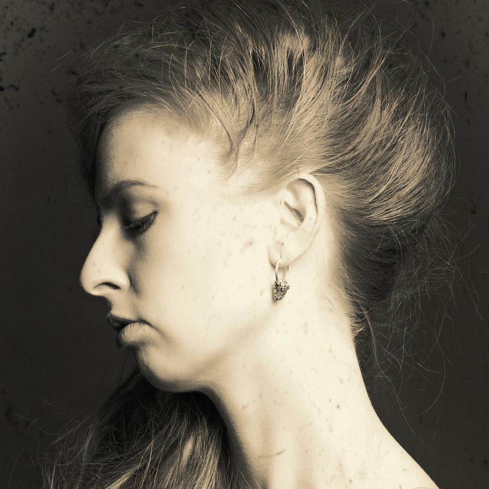 Momocreatura: Skeleton Hands Hoop Earrings Silver | Jewelry > Earrings -  Hiphunters Shop