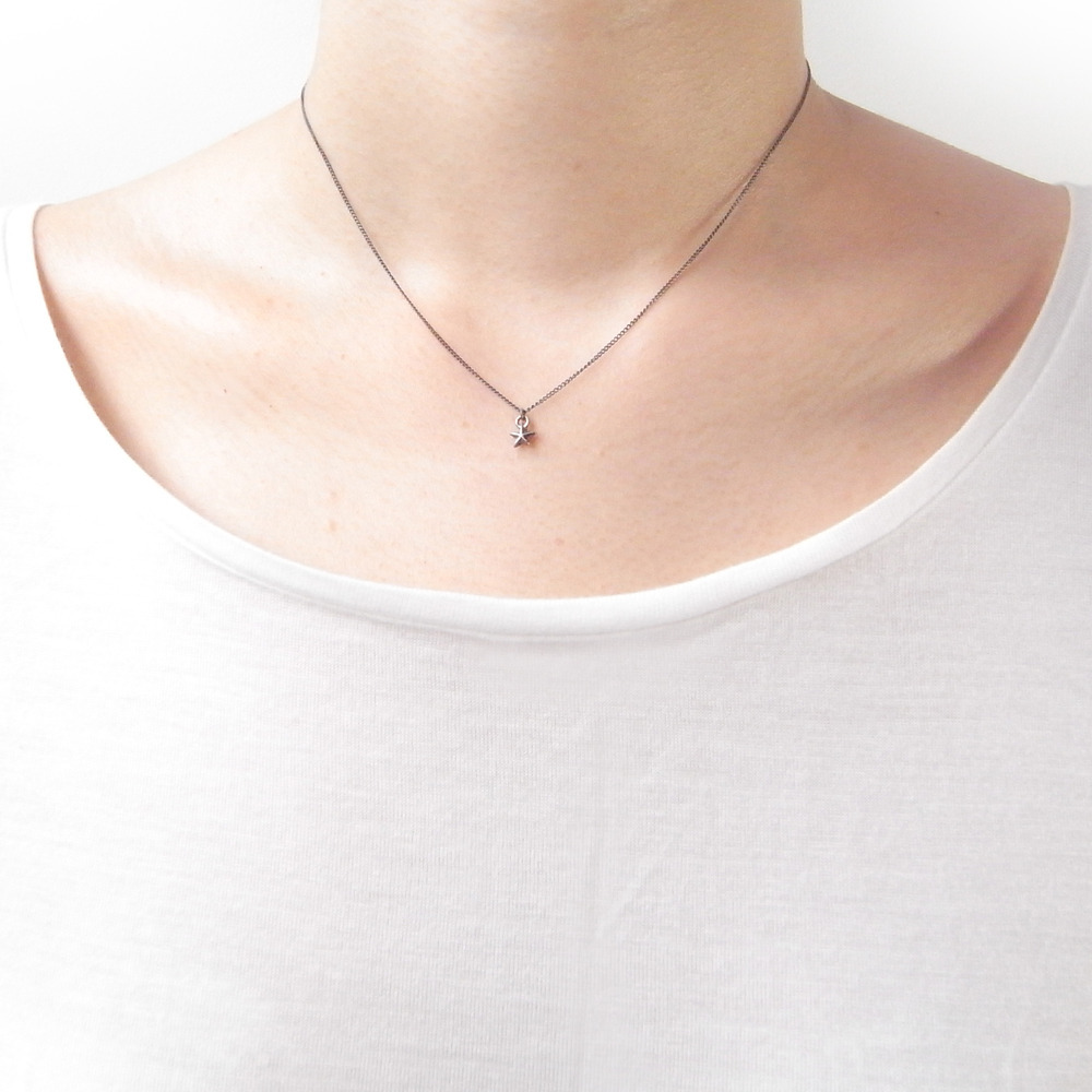 Momocreatura: Tiny Star Necklace Silver | Jewelry > Necklaces -  Hiphunters Shop