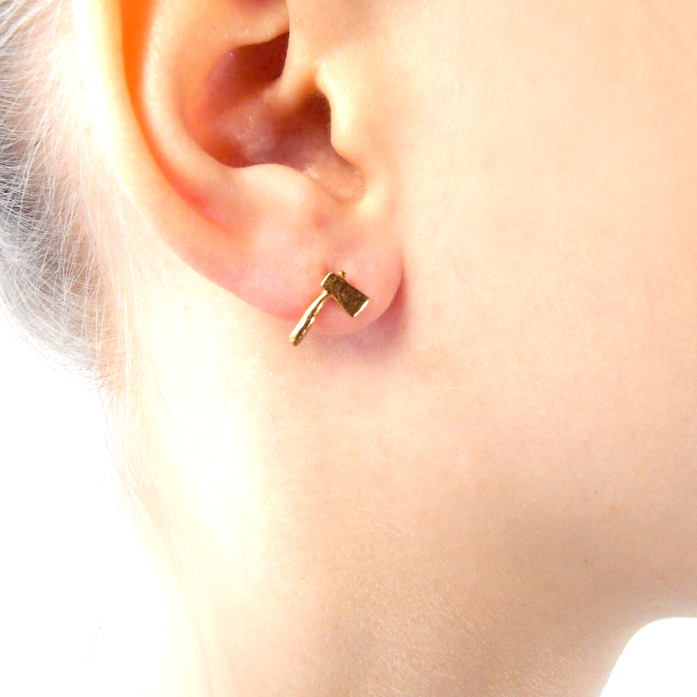 Momocreatura: Head Off Rabbit And Axe Earrings Gold | Jewelry > Earrings -  Hiphunters Shop