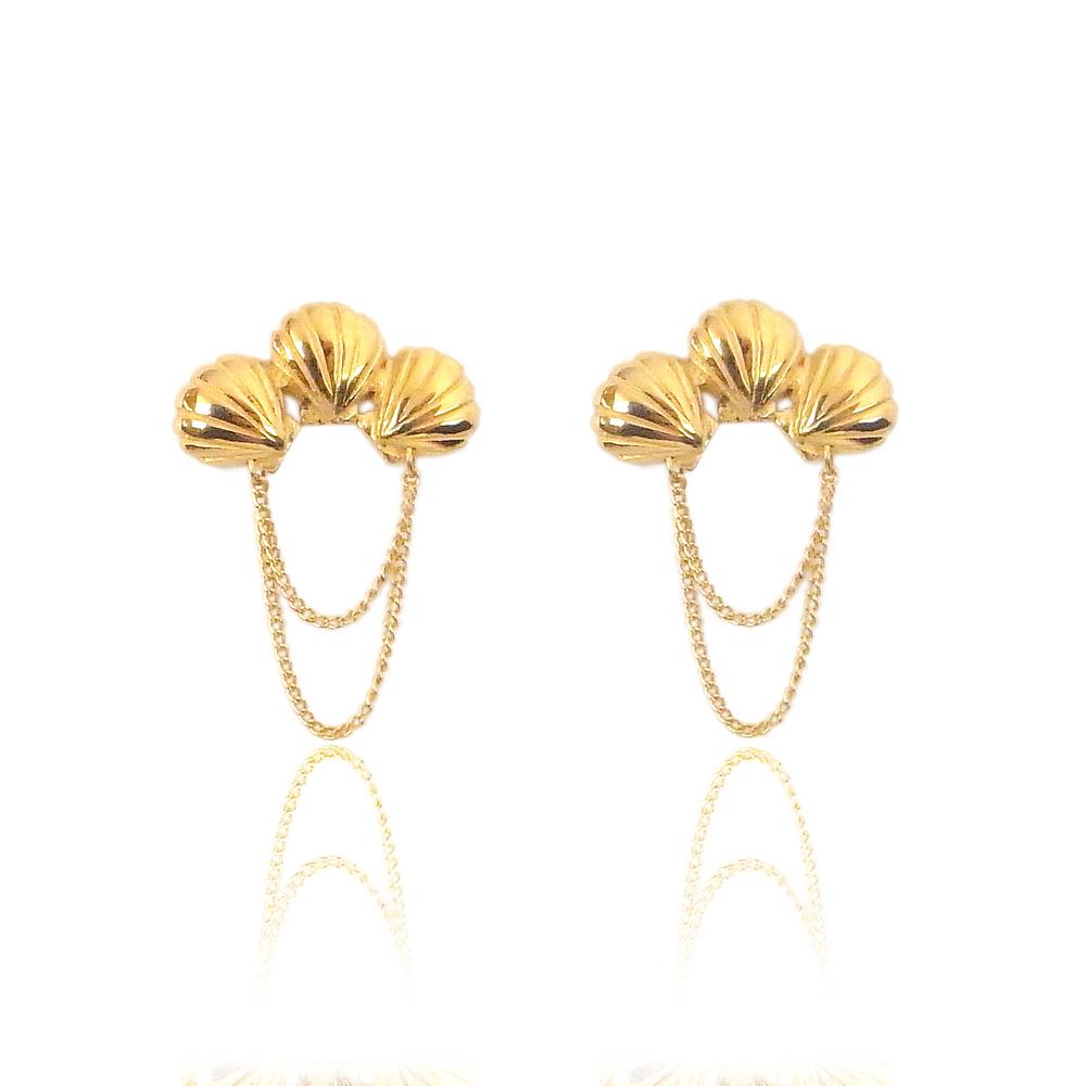 Triple shell earrings gold