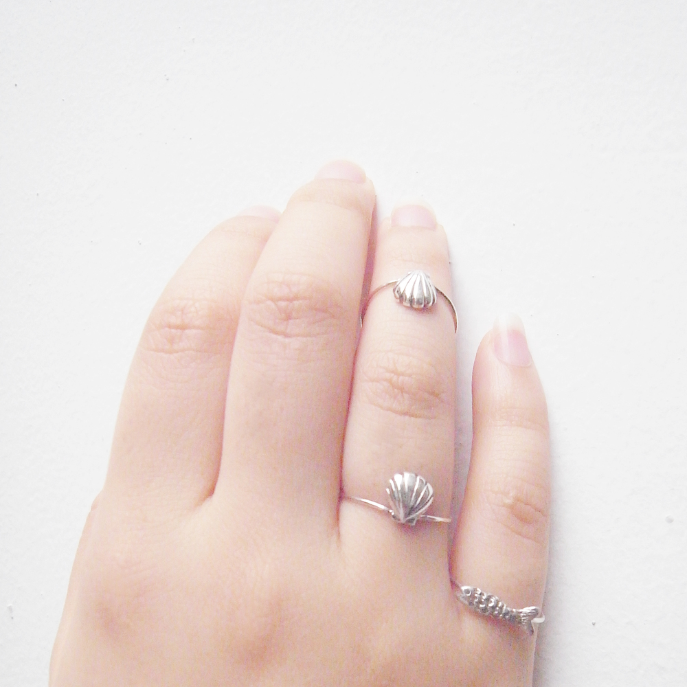 Momocreatura: Double shell ring silver | Jewelry > Rings -  Hiphunters Shop
