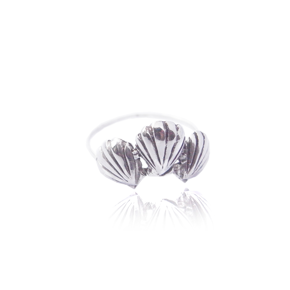 Momocreatura: Triple shell ring silver | Jewelry > Rings -  Hiphunters Shop